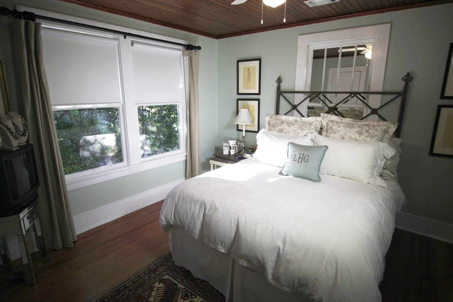 Custom and near silent automated Shades and Window Treatments