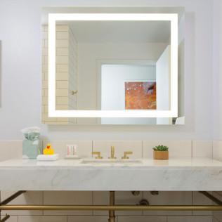 Séura Lighted Mirrors